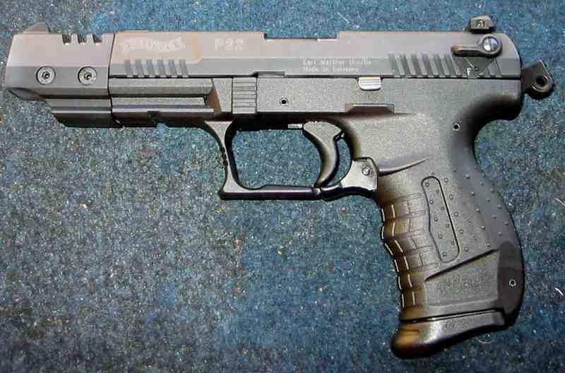 http://tir.cecaz.free.fr/la_ciotat_2002/Walther-P22-cal-22-LR.JPG